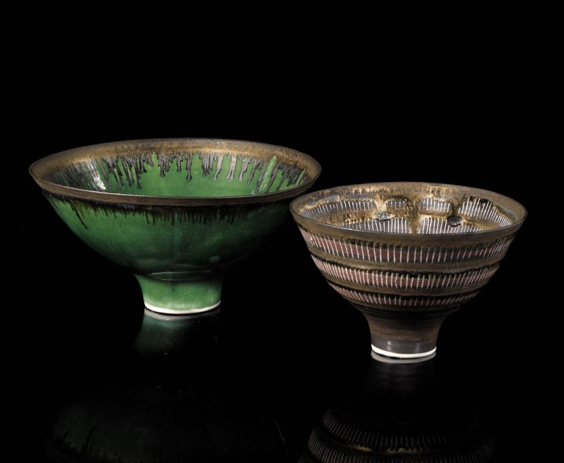 Lucie Rie, Emerald Green Bowl with Bronzed Rim, and Sgraffito Bowl with Terracotta Banding and Turquoise Ring, 1980s. Photo courtesy Sotheby's
