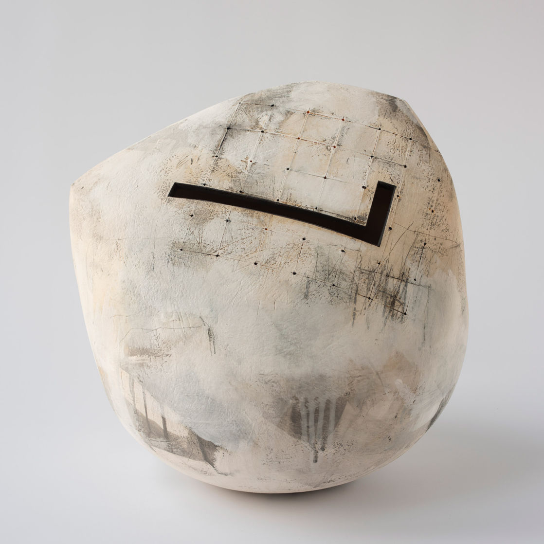 Work by Rebecca Appleby. Photo courtesy the Contemporary Ceramics Centre, London
